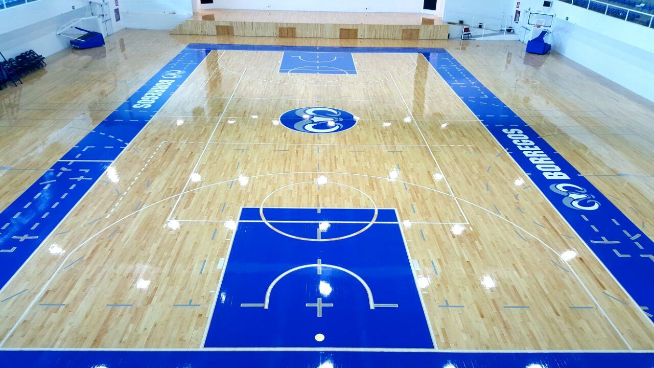 Instalación de duelas para basquetbol