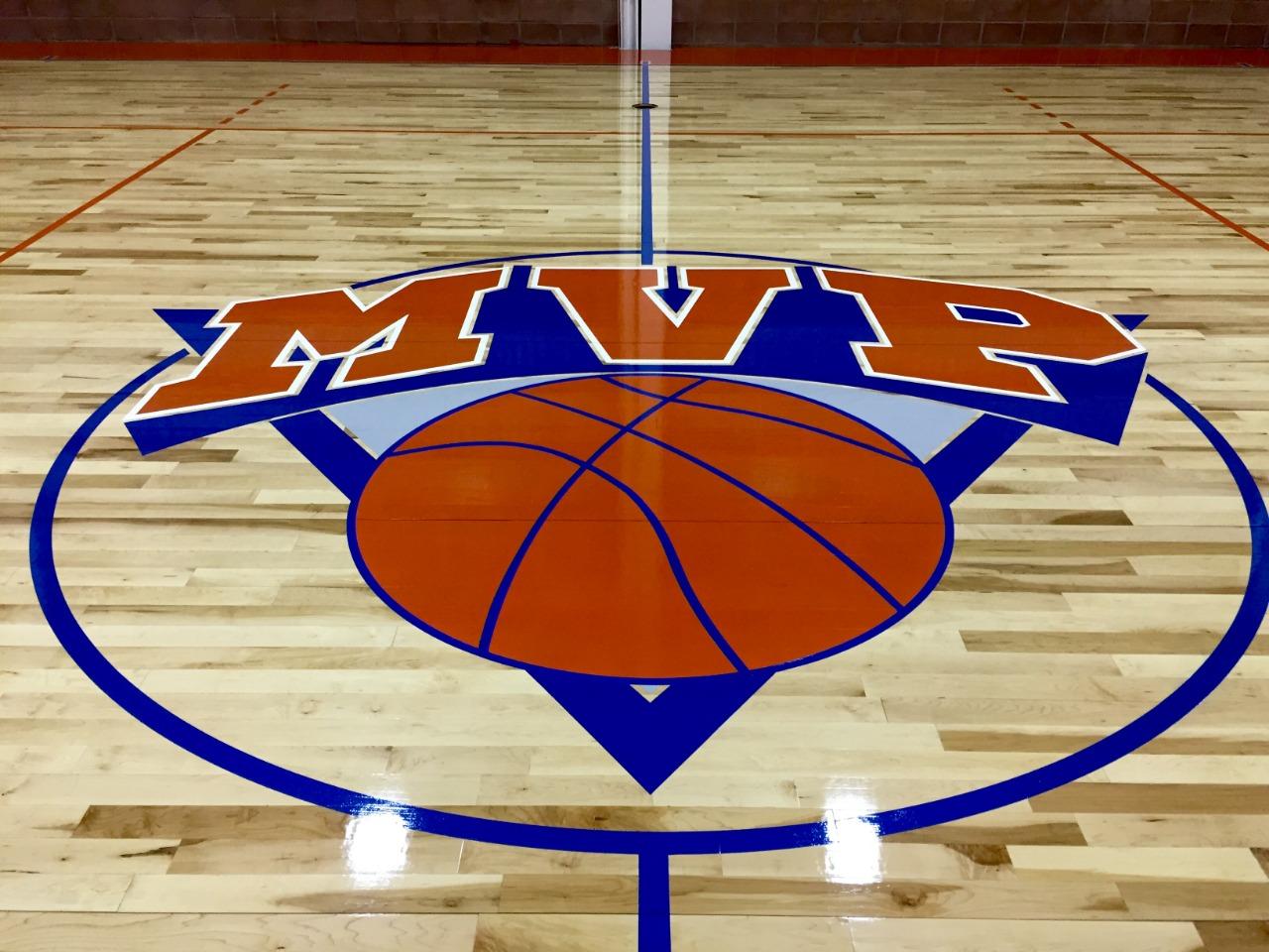 Instalación duela para gimnasio de basquetbol